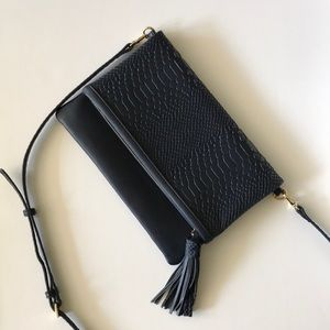 Gigi New York Convertible Bag